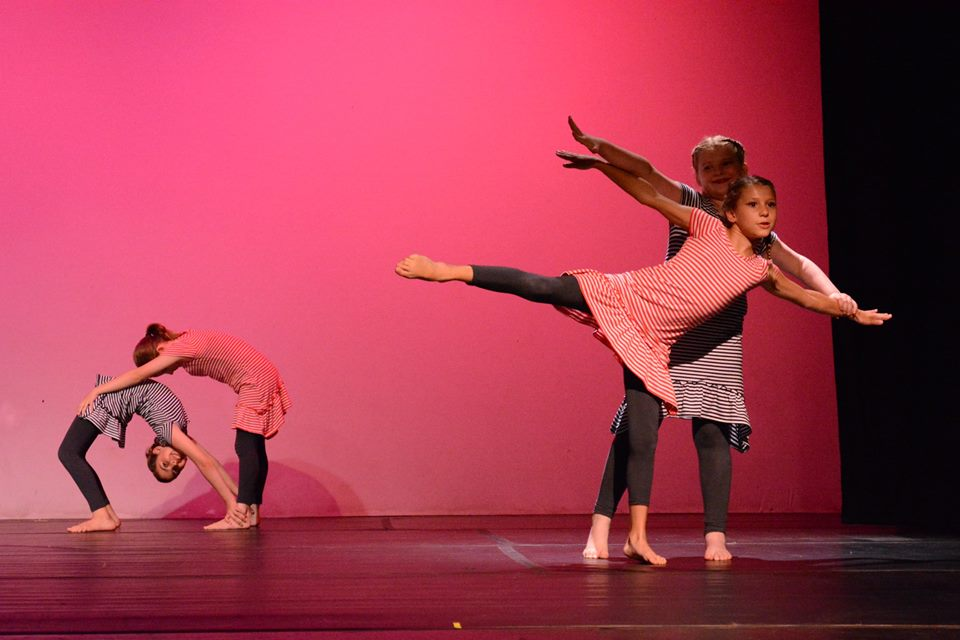 arts camp dance performance 3
